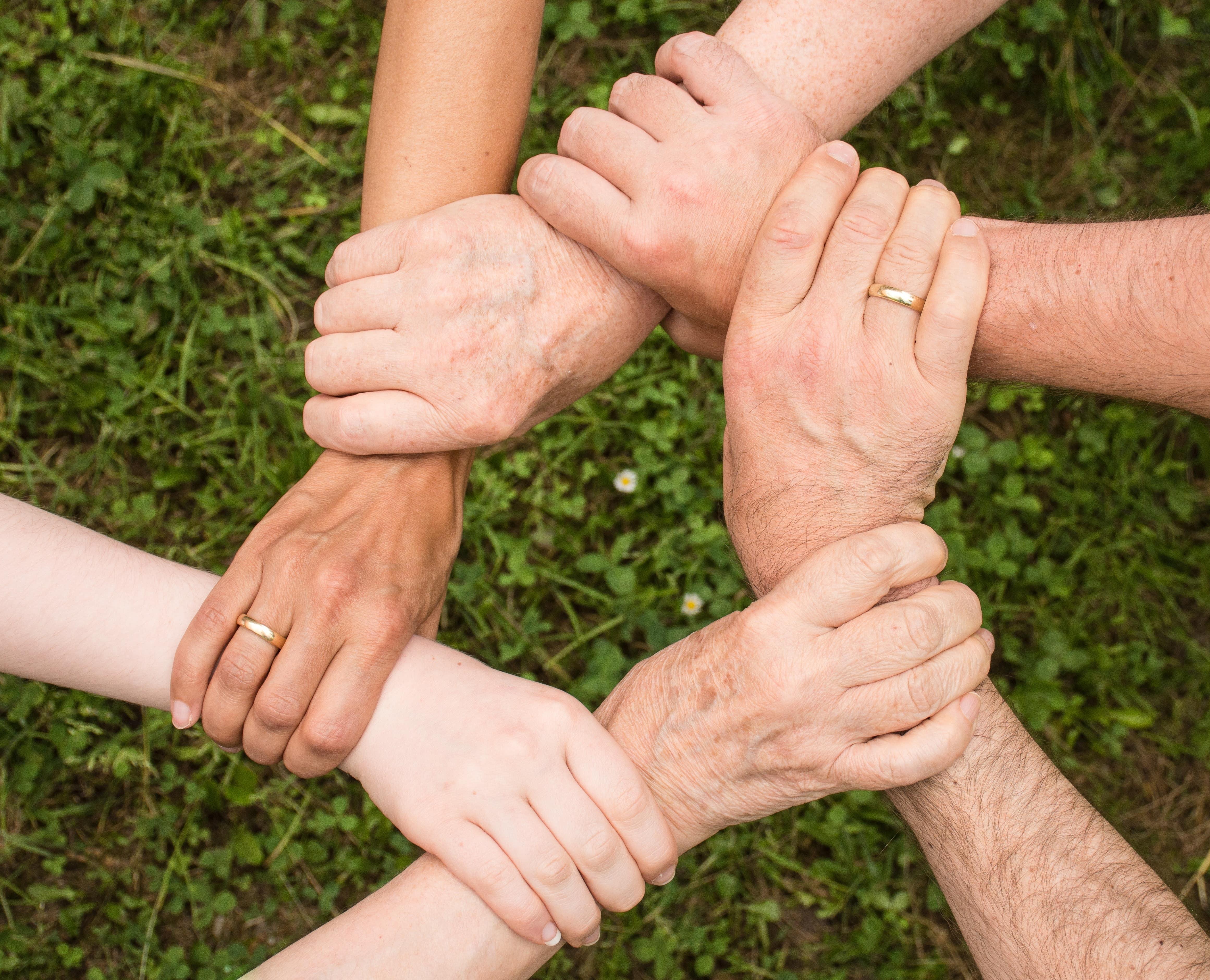 You are currently viewing Medizinische und pflegerische Einrichtungen: Hilfe-Suchende und Helfer vernetzen